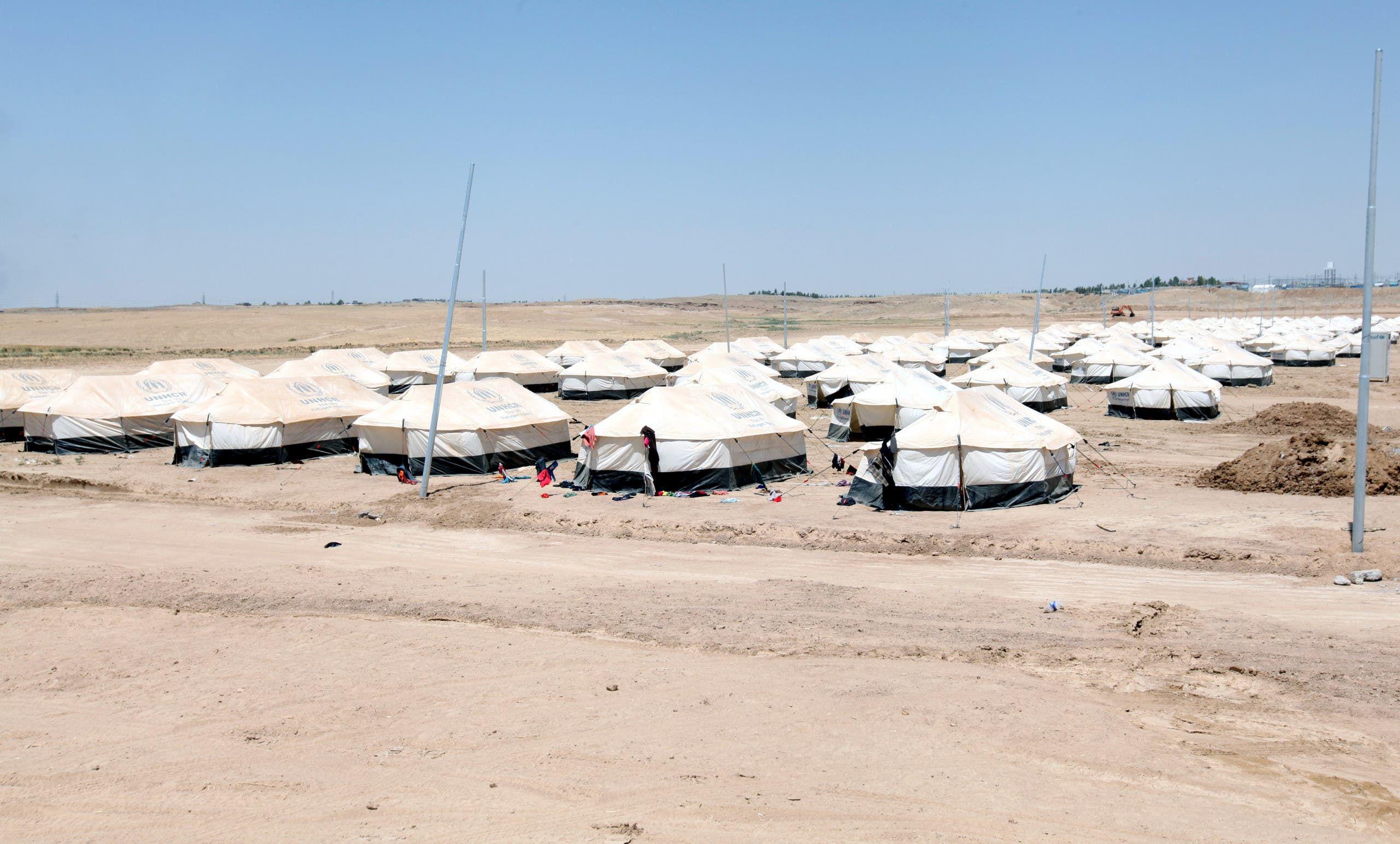 من مخيم مخمور (أرشيفية من رويترز)