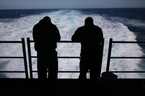 «لم يتمكن الأفراد على متن السفينة من العثور عليه» .. البحرية الأمريكية تبحث عن أحد أفرادها فقد من حاملة الطائرات «يو إس إس نيميتز»