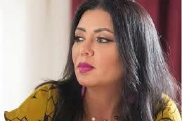 حديث الترند : كشفت لباسها الداخلي: رانيا يوسف تستعرض أردافها بمايوه شفاف.. شاهد