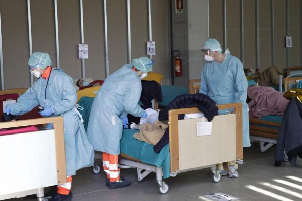 نصف حالات كورونا في 4 دول .. الصحة العالمية تكشف التفاصيل