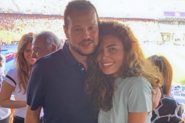 متداول : قبلة ريهام حجاج لزوجها تغضب الجمهور