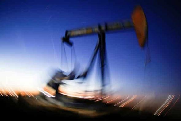 أسعار النفط تواصل الصعود مع تراجع المخزونات