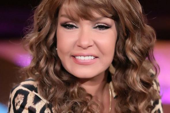 """مصر .. التحقيق في مقطع فيديو يظهر لوسي وهي تغني بـ""""لفظ خارج"""""""
